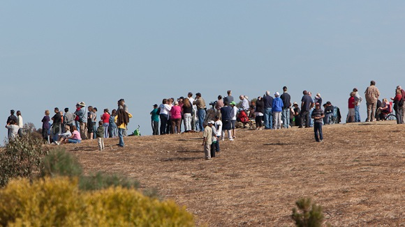 Crowd waits for Space Shuttle Endeavor at Bedwell Bayfront Park in Menlo Park