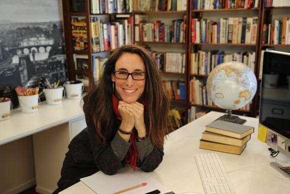 Dominique Renda dons her poet hat for reading at Kepler's on Nov. 29