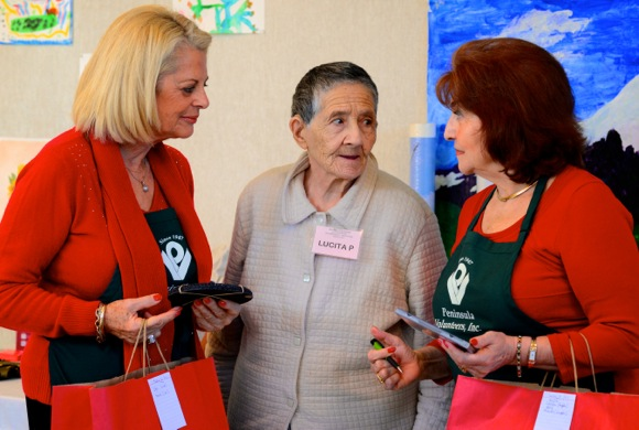 Rosener House participant goes gift shopping with Peninsula Volunteers members