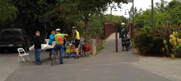 San Mateo Drive bike station