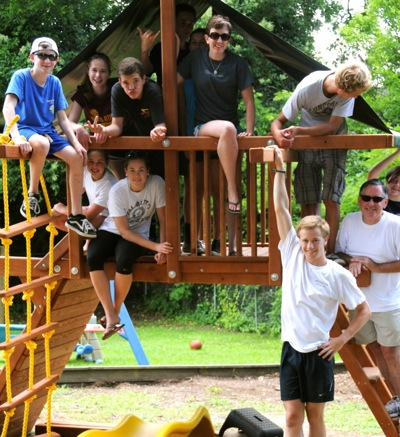Youth from Trinity Church in Menlo Park on 2013 mission trip