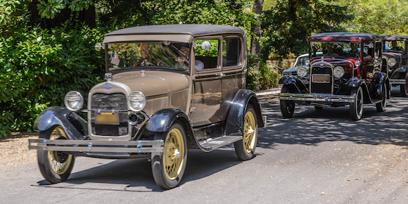Post image for Riding with the Ford Model A's along the streets of Atherton