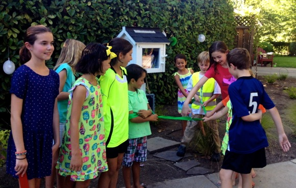 New Little Free Library in Linfield Oaks neighborhood of Menlo Park