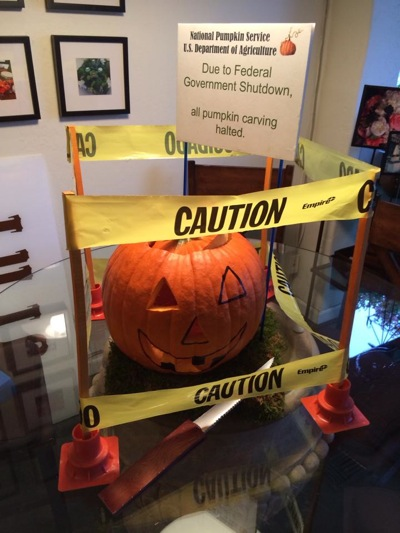 Post image for Spotted: Pumpkin work stoppage at J Floral Art in Menlo Park