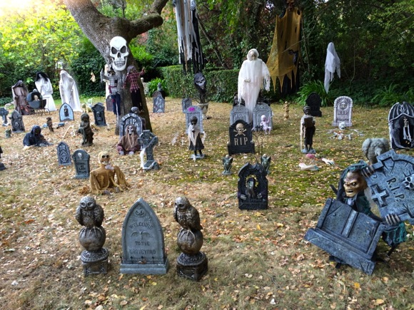 Spotted: Spooky front yard in Atherton's Lindenwood