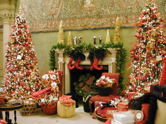 Post image for Tickets available for Holiday Traditions at Filoli which starts on Friday, Nov. 29
