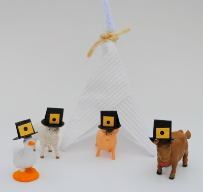 Post image for Decorate the kiddie table at Thanksgiving with TP teepees and party animals