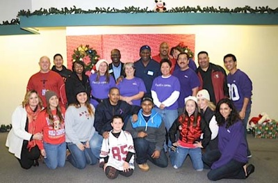 Post image for 19th annual Jerry Rice Toy Drive & Holiday Festival takes place on Dec. 7 in Menlo Park