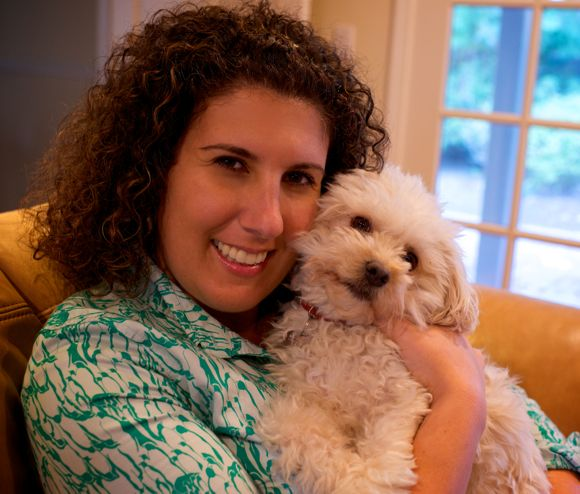 Post image for Liza Spiridon provides in-home veterinary care to Peninsula dogs and cats