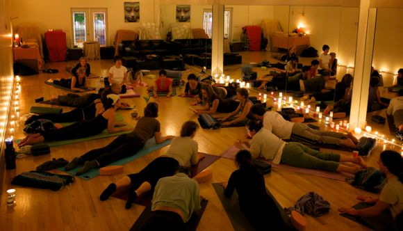 Yoga and Israel merge in Menlo Park thanks to instructor Keyko Pintz