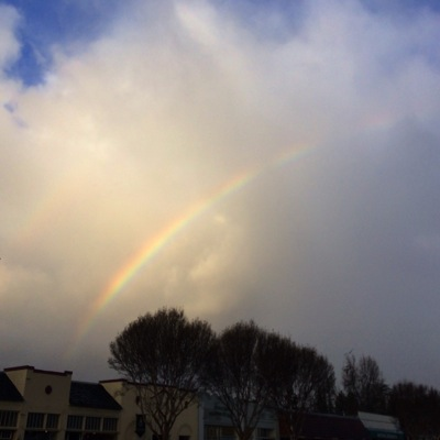 Post image for Rain overnight yields to rainbow over Menlo Park in the morning