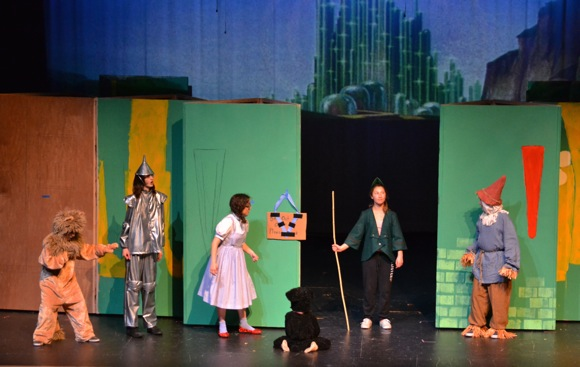 Post image for Hillview Middle School presents Wizard of Oz