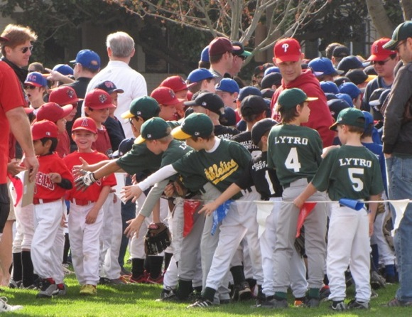 Post image for Spotted: Play ball! Menlo-Atherton Little League kicks off new season