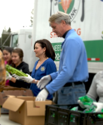 Second Harvest Food Bank launches Stand Up for Kids co-chaired by Sheryl Sandberg and John Donahoe