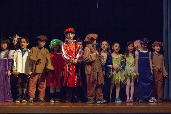 Post image for Laurel School second grade students perform Shakespeare play