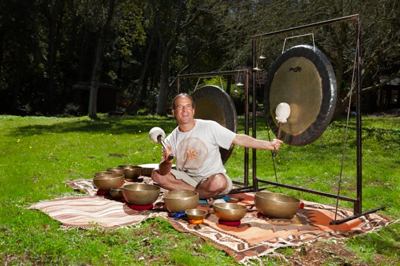 Post image for Danny Goldberg uses sound therapy to guide people into deep meditative state