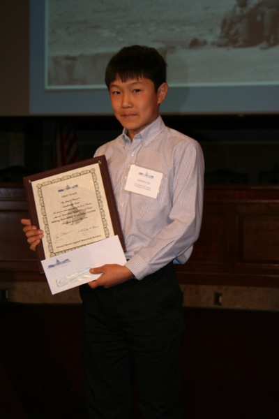 Post image for La Entrada student Andrew Tan wins first place in national essay contest