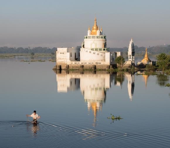 Ann Eddington photographs the modern and the traditional in Myanmar