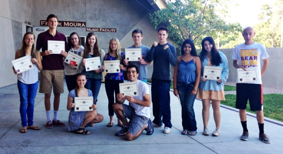 Twelve M-A students receive Student Service Awards