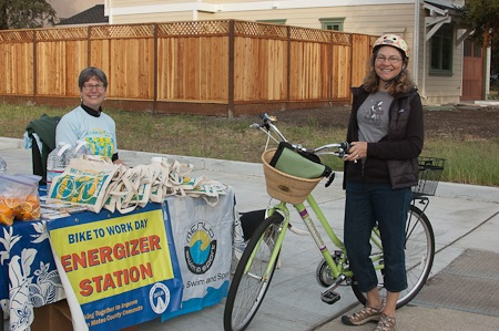 Menlo Park hosts 9 energizer stations on Bike to Work Day, marking the 20th anniversary