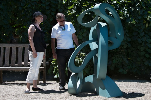 Post image for Sculpture takes its place amidst the gardens and grounds of Filoli this summer