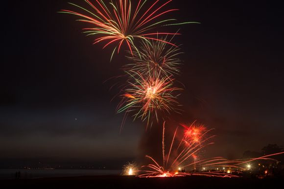 Photographer Scott R. Kline offers tips on how best to photograph fireworks
