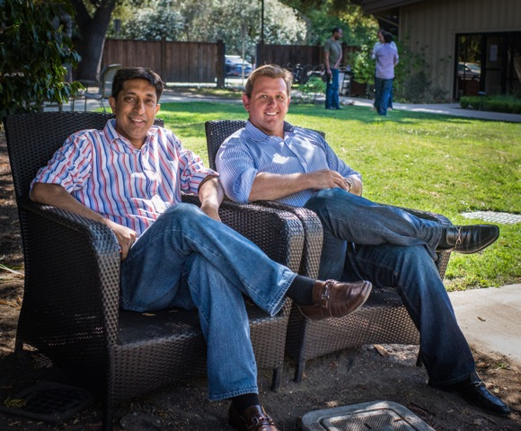 Mukul Agarwal and Marco ten Vaanholt of Hello Startups (c) 2014 InMenlo