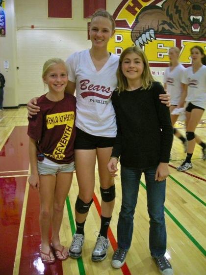 Menlo-Atherton High School girls volleyball hosts community clinic on Sept. 26