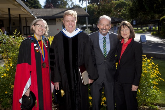 Post image for Richard Moran inaugurated as 10th president of Menlo College