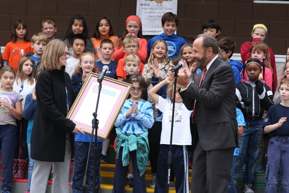 Post image for State Senator Jerry Hill congratulates Laurel School on its California Distinguished School Award