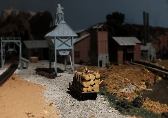 Preview of new model railroad in Menlo Park scheduled for December 6 & 7