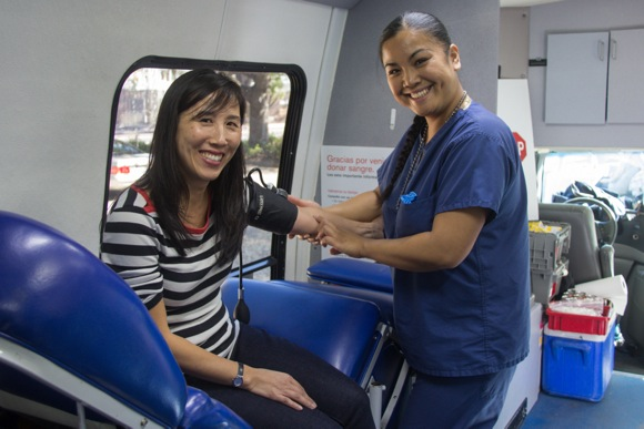 Spotted: Junior League member giving blood to commemorate 50th anniversary