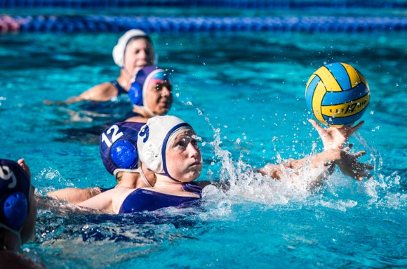 Menlo Mavens get fit and build camaraderie playing water polo