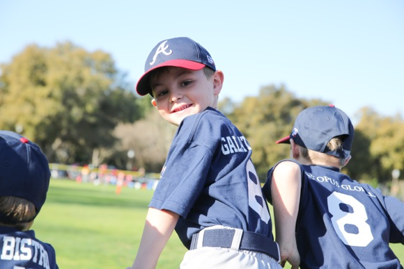 Post image for Menlo-Atherton Little League kicks off season with opening day festivities