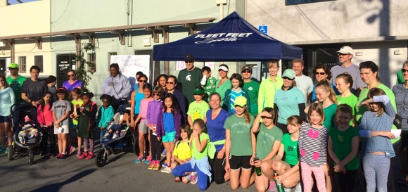 Post image for Girl Scout Fun Run made its debut today at Fleet Feet in Menlo Park