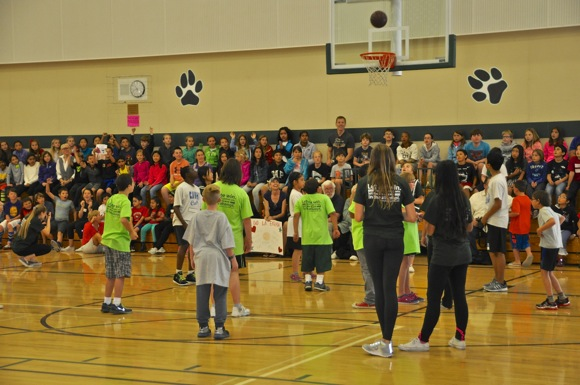Post image for La Entrada Middle School in Menlo Park hosts Special Olympics basketball tournament
