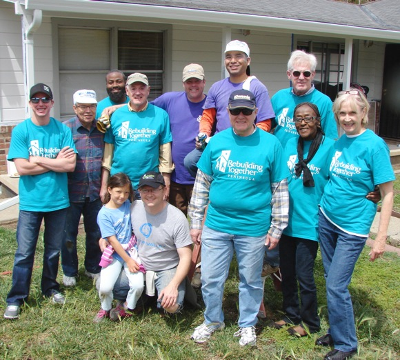Menlo Park Kiwanis club members at Rebuilding Together Peninsula project