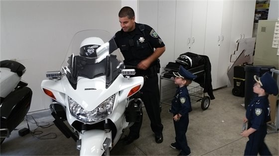 Spotted: Little tykes visiting the Atherton police station