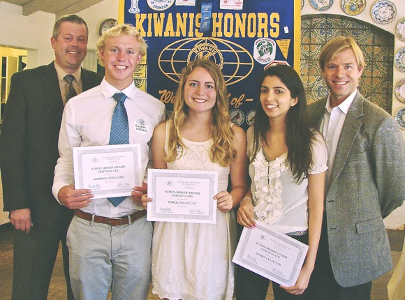 Post image for Menlo Park Kiwanis awards scholarships to five Menlo-Atherton High School students