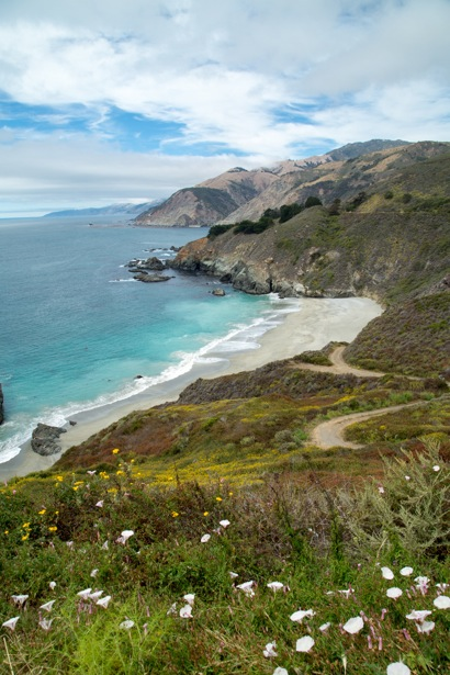 A bridge in the distance on highway 1 along the Big Sur coast in California.