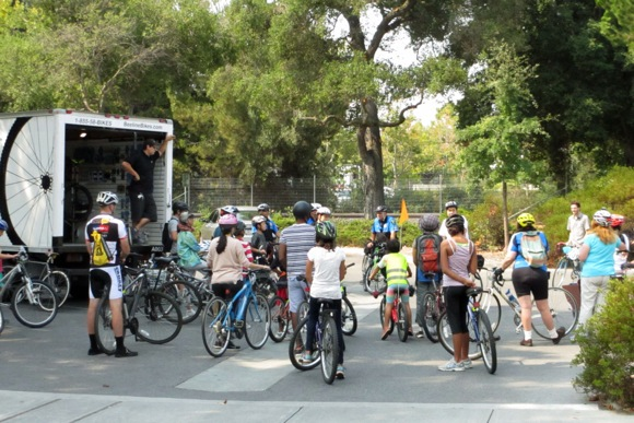 Post image for Spotted: Cyclists riding from Alma St. Menlo Park Library to Belle Haven branch
