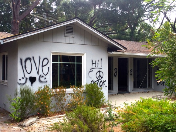 Post image for Spotted: Graffiti on house slated for demo