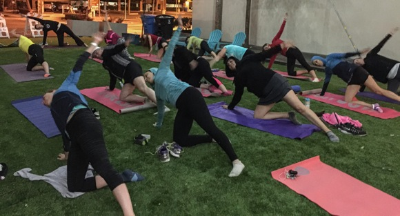 Downtown Menlo Park's pop up park becomes fitness magnet