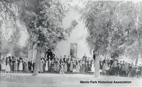 Post image for A look at Menlo Park schools from 1875 to 1927 is focus of mini-exhibit