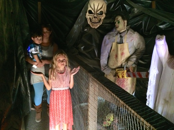 Post image for Getting in the Halloween spirit at Webb Ranch Pumpkin Patch packed with activities on the weekend