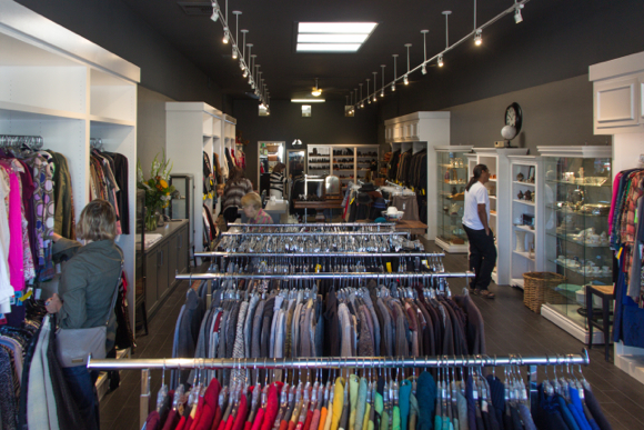 Post image for Anniversary sale slated for Junior League's newly-renovated store in downtown Menlo Park