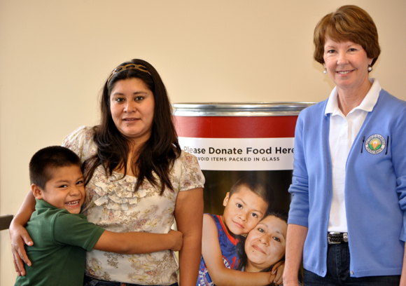 Post image for Delfina and Mauricio are poster faces for this year's Second Harvest Food and Fund Drive