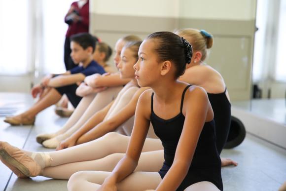 """Menlowe Ballet's holiday offering is """"It's a Wonderful Nutcracker"""""""