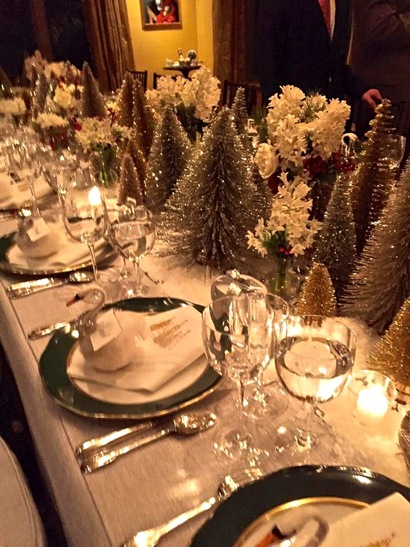 holiday table with swans