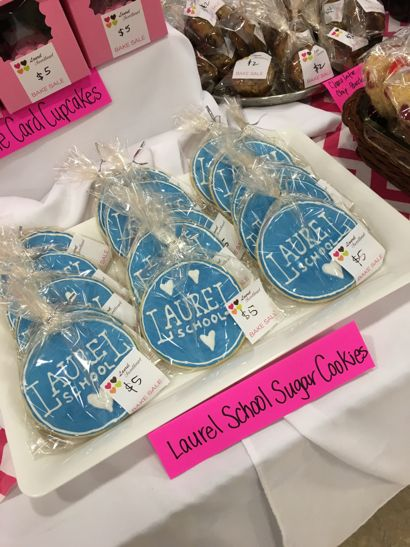 I Love Laurel School cookies
